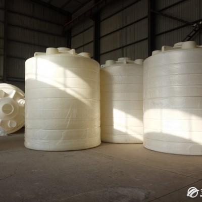 日兴供应北京化工储罐 塑料水箱 塑料化工储罐厂家 天津化工储罐 河北化工储罐 塑料水箱厂家